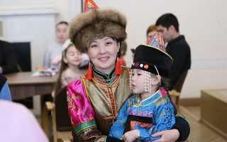 В 2018-2019 году наш детский сад принял участие в реализации проекта Санкт-Петербургского Дома национальностей «Азбука в России»